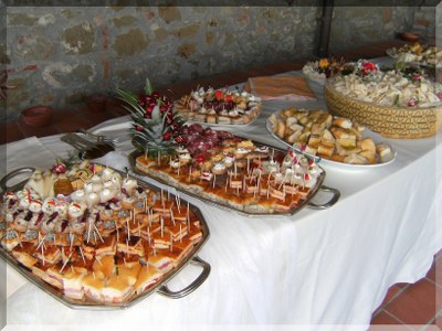appetizers wedding party in Tuscany